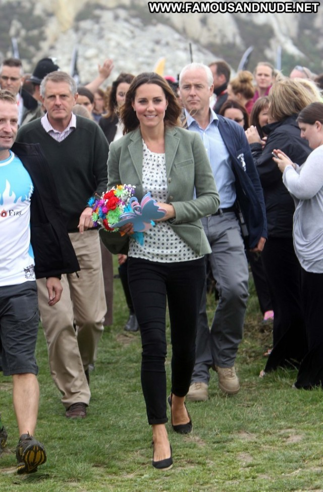 Kate Middleton The Ring  Celebrity Posing Hot Beautiful Babe High