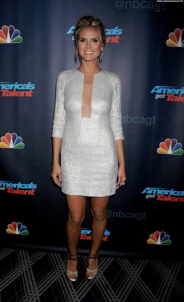 Heidi Klum New York  Posing Hot High Resolution Celebrity Beautiful