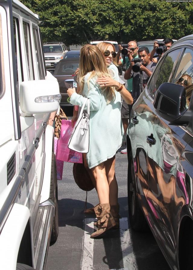 Ashley Tisdale Celebrity Posing Hot Beautiful Babe Summer Shopping
