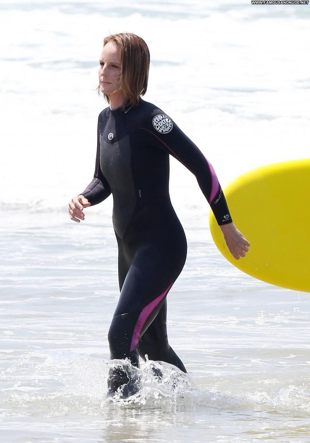 Helen Hunt Beach Posing Hot High Resolution Celebrity Babe Beautiful
