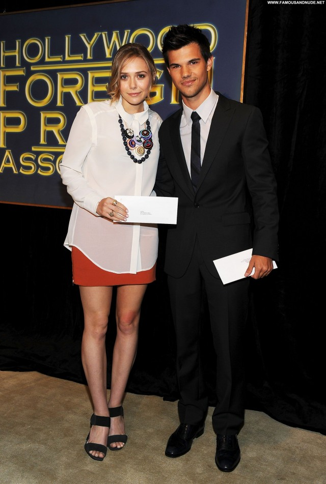 Elizabeth Olsen Hollywood Foreign Press Posing Hot Hollywood