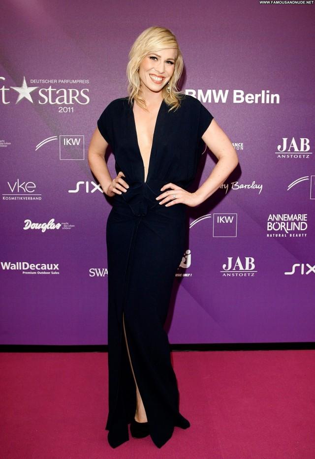 Natasha Bedingfield Beautiful Posing Hot Babe Celebrity High