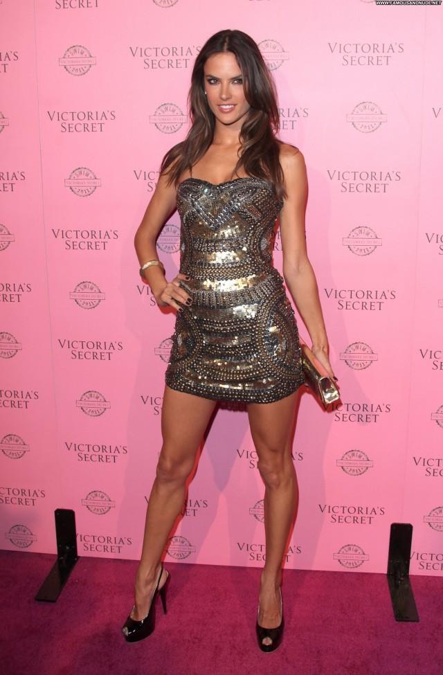 Alessandra Ambrosio Los Angeles Beautiful Celebrity Club High