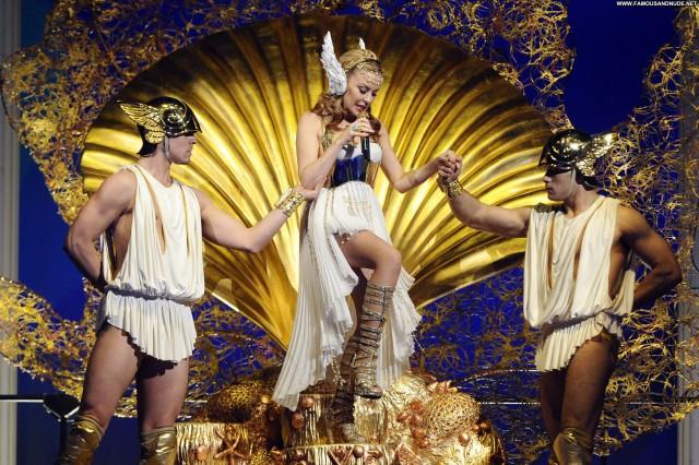 Kylie Minogue No Source  Babe Celebrity Beautiful Shorts Posing Hot
