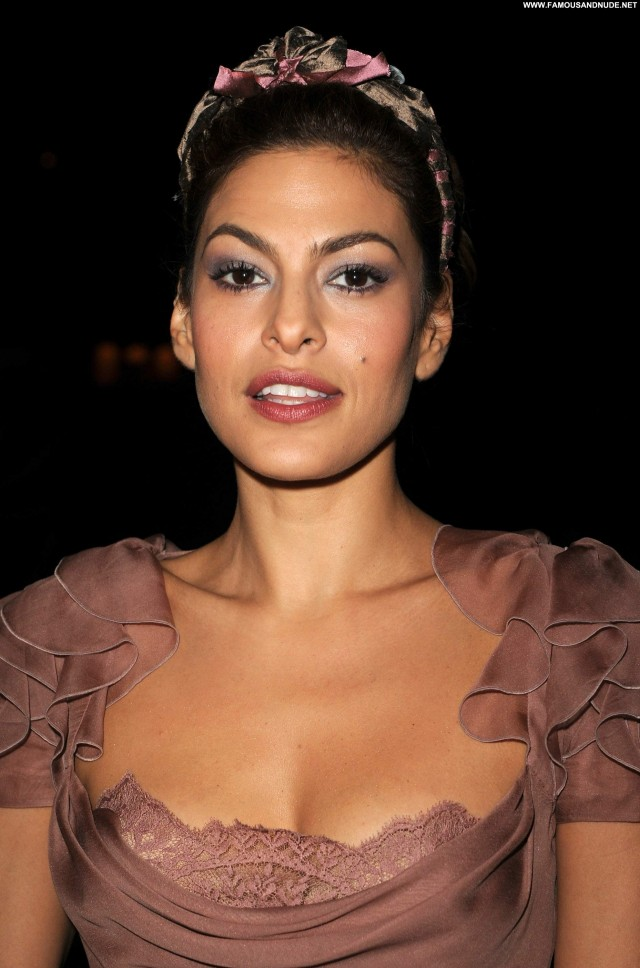 Eva Mendes No Source Celebrity Babe Beautiful High Resolution Posing