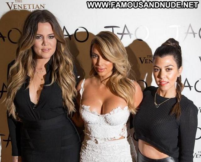 Kim Kardashian Nightclub In Las Vegas Beautiful Posing Hot Babe