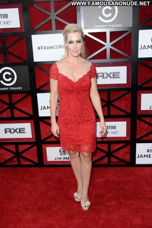 Jennie Garth The Comedy Babe High Resolution Celebrity Posing Hot