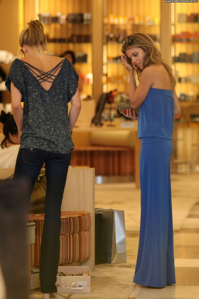 Annalynne Mccord Beverly Hills Shopping Posing Hot Beautiful Babe