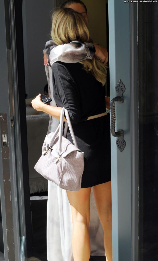 Kristin Cavallari Beverly Hills Posing Hot High Resolution Beautiful