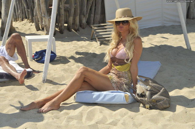 Victoria Silvstedt No Source Babe Posing Hot Beautiful Club High