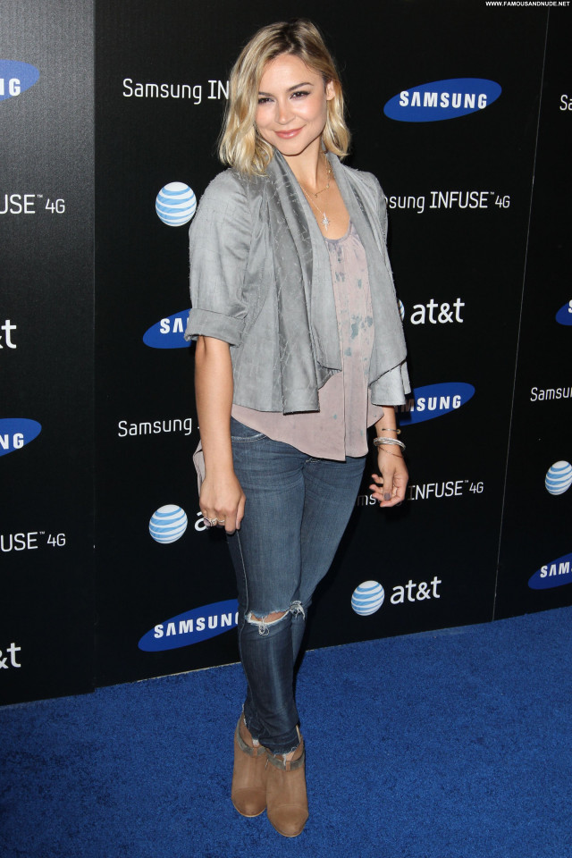 Samaire Armstrong Armstrong Celebrity Beautiful Posing Hot High