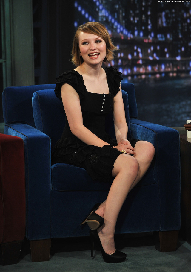 Emily Browning Late Night With Jimmy Fallon Babe High Resolution