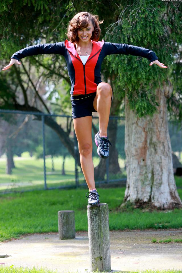 Karina Smirnoff No Source Posing Hot Park Celebrity High Resolution