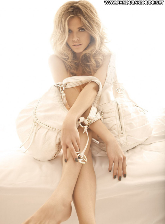 Annalynne Mccord No Source Usa Beautiful Posing Hot Babe Celebrity