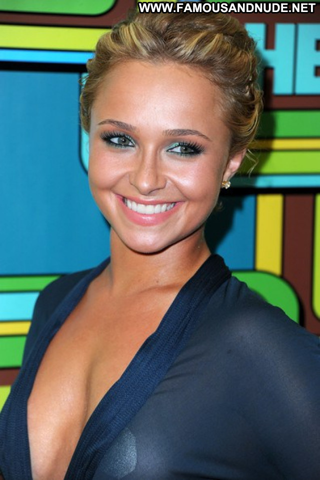 Hayden Panettiere No Source Celebrity Beautiful Party Cute Babe