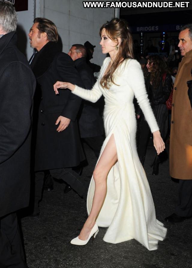 Angelina Jolie No Source Posing Hot Nyc Movie Babe Usa Celebrity