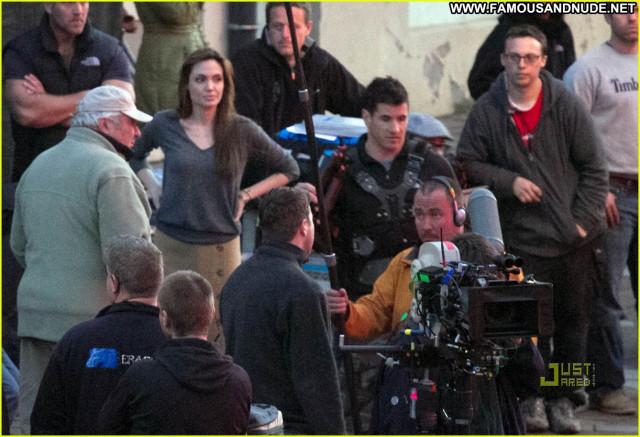 Angelina Jolie No Source Movie Posing Hot Beautiful Usa Babe Celebrity
