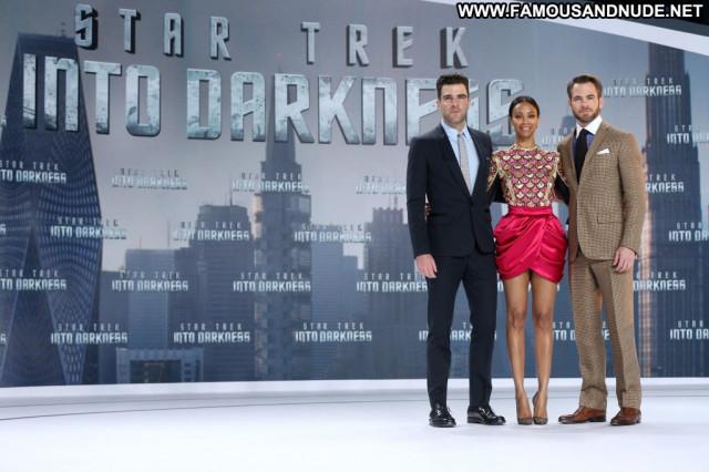 Zoe Saldana Star Trek Into Darkness Beautiful Skirt Posing Hot