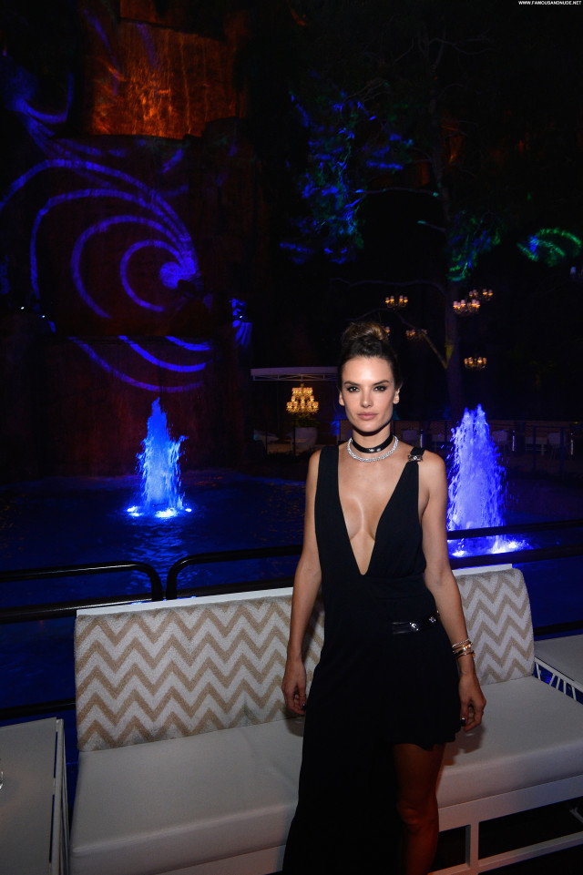 Alessandra Ambrosio Babe Celebrity Beautiful Posing Hot Famous