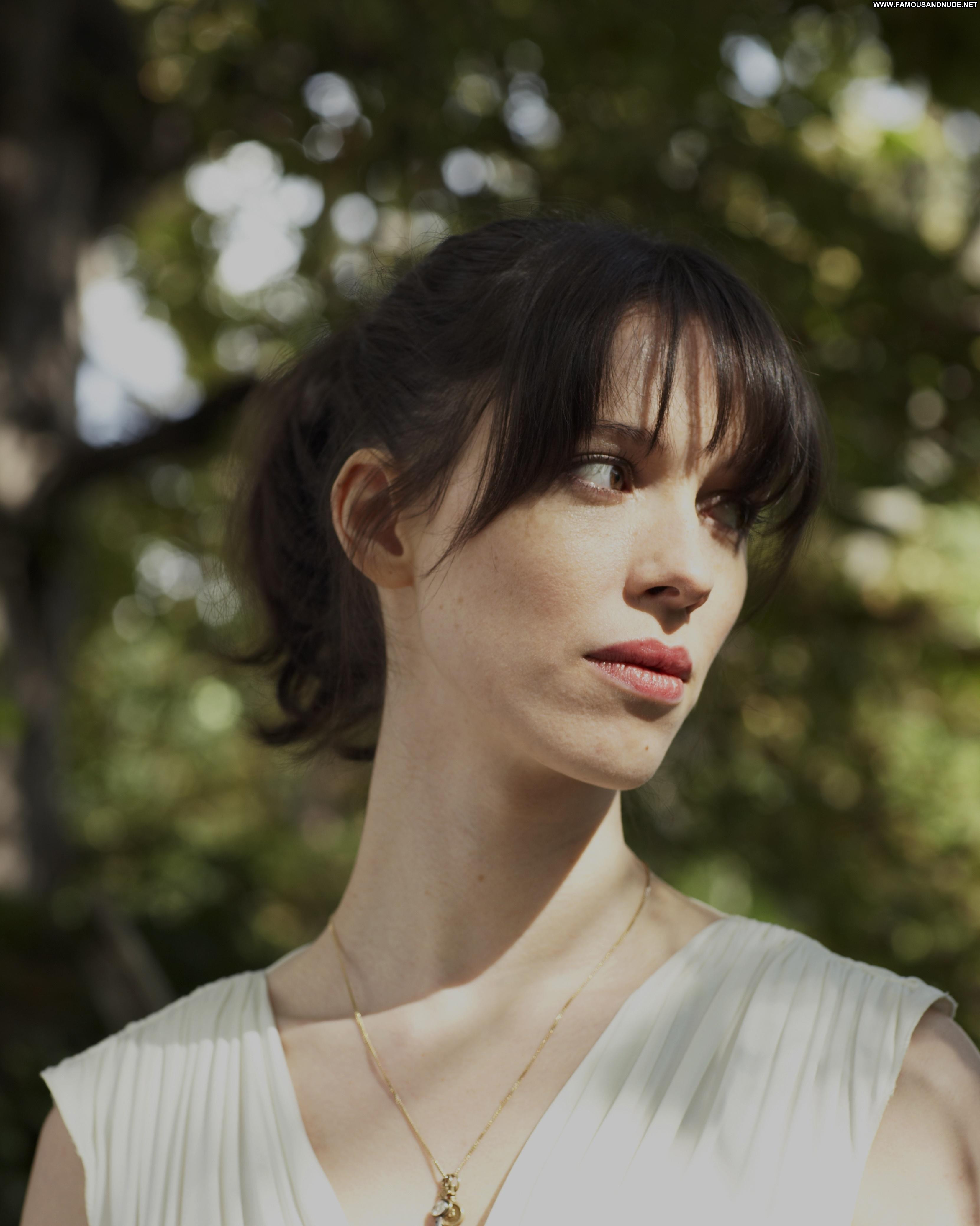 Rebecca Hall No Source Celebrity Beautiful Babe Posing Hot gallery-67744   My Hotz Pic