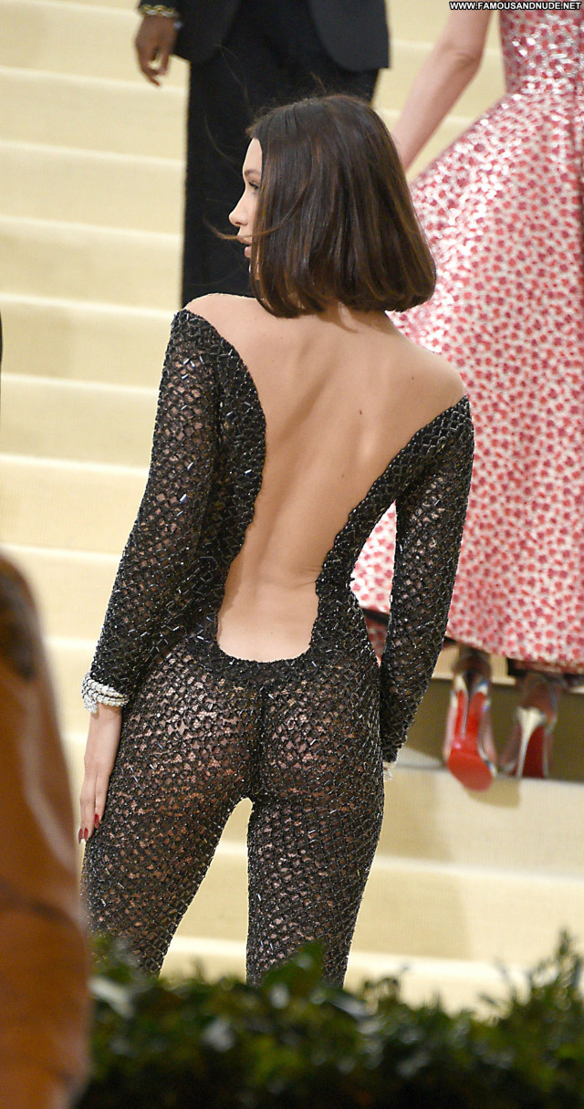 Kendall Jenner Red Carpet Posing Hot Stunning Babe Usa Celebrity