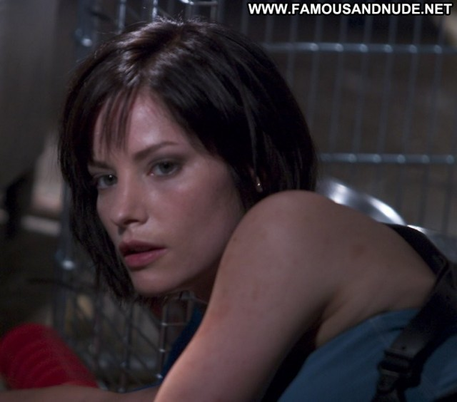 Sienna Guillory Resident Evil Posing Hot Babe Celebrity Beautiful