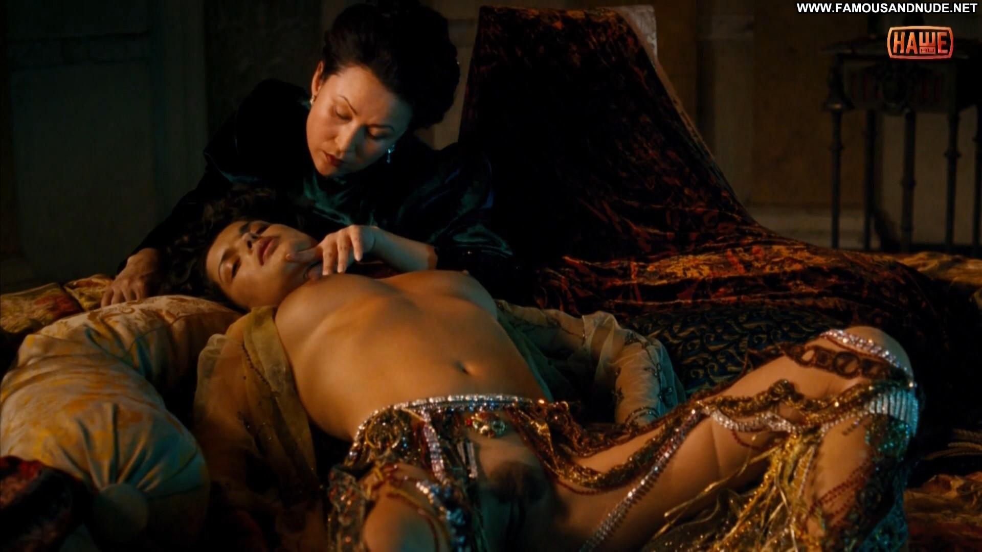 smotret-onlayn-eroticheskie-stseni-v-russkih-filmah