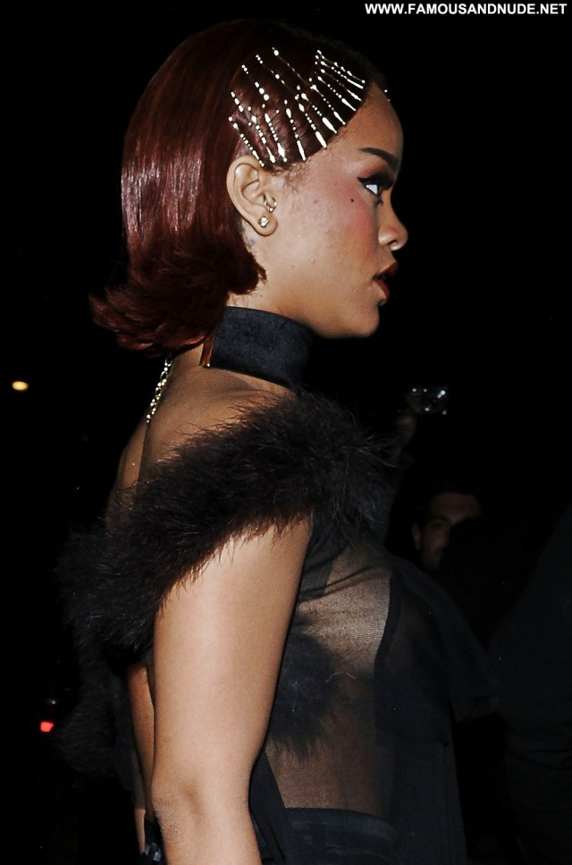Rihanna Pictures New York Party Brunette Babe Celebrity