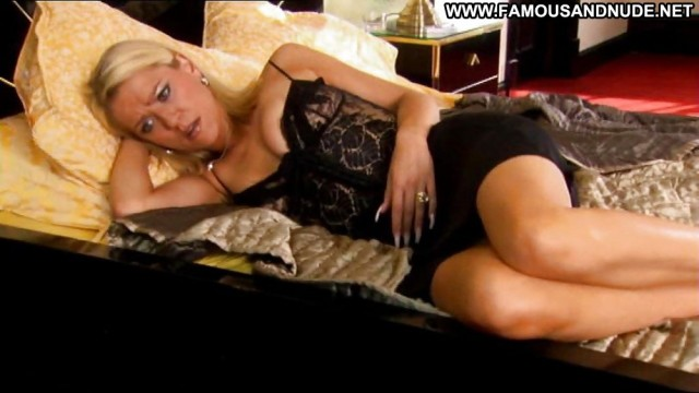 Zoe Lucker Blonde Babe Celebrity Beautiful Hot Actress Doll Famous