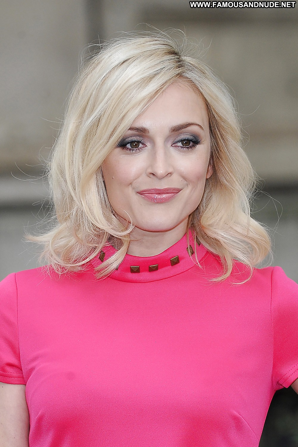 Celebrity Fearne Cotton Nude Pictures Png