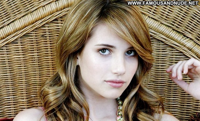 Emma Roberts Pictures Celebrity Babe Sexy Posing Hot Doll Famous