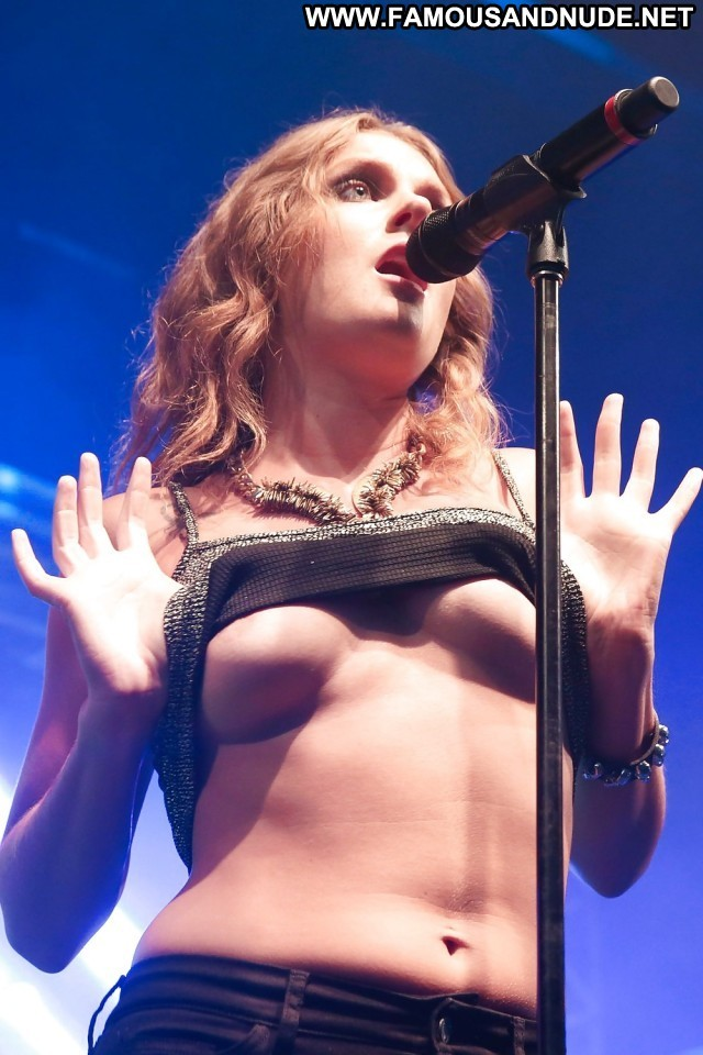 Tove Lo Pictures Celebrity Swedish Singer Concert Hot Nude Scene Cute