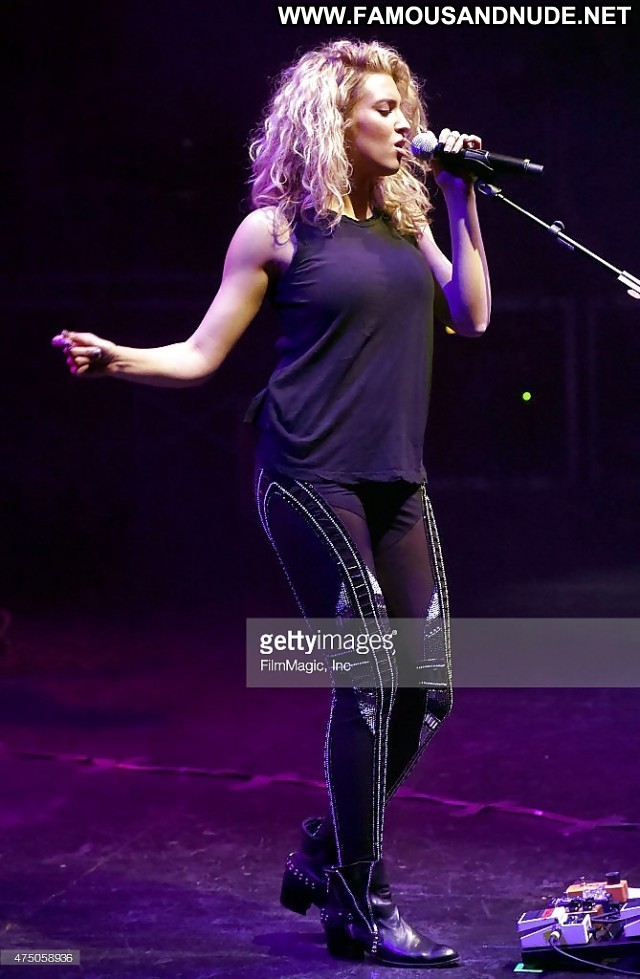 Tori Kelly Pictures Singer Sexy Celebrity Hot