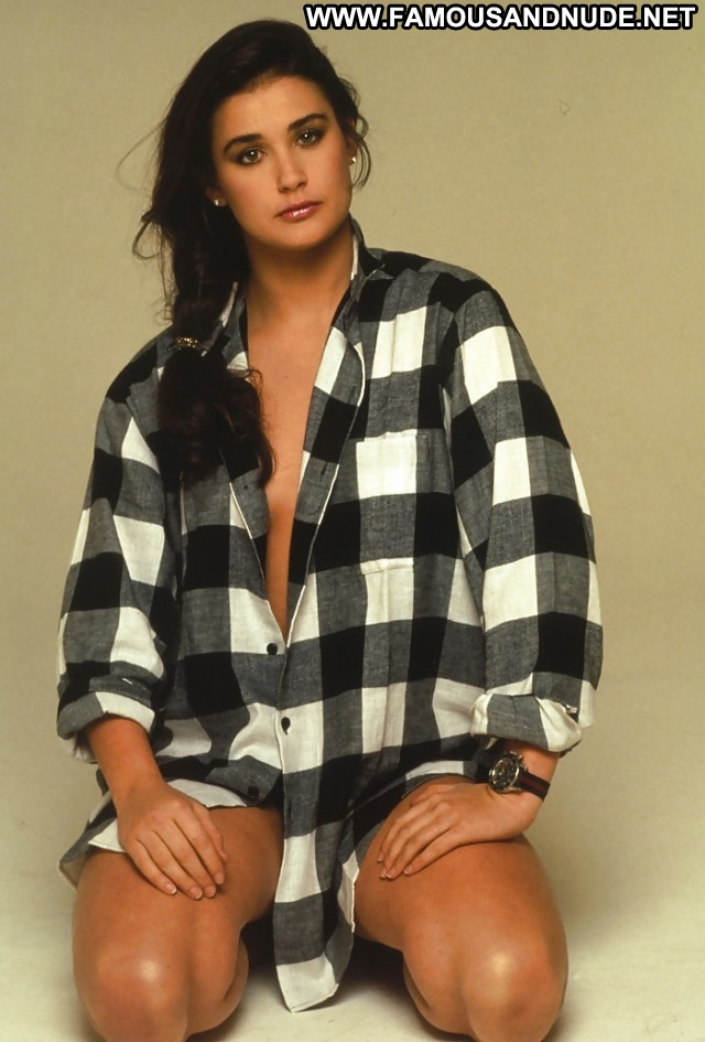 Demi Moore Pictures Pictures Hot Celebrity Milf Sea Tits Ass